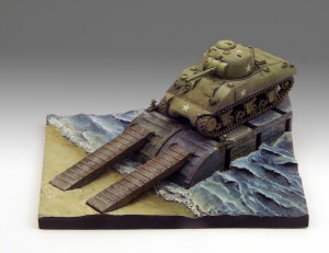 Sherman lands in Normandy diorama 1/72